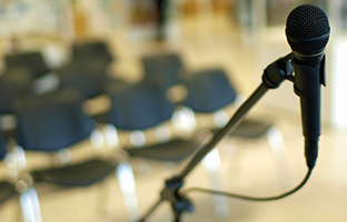 Savoir quoi éviter quand on prépare une conférence